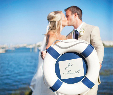 HOW TO PICK MY WEDDING THEME? SO WHAT CAME FIRST... THE NAUTICAL WEDDING OR THE YACHT CLUB?