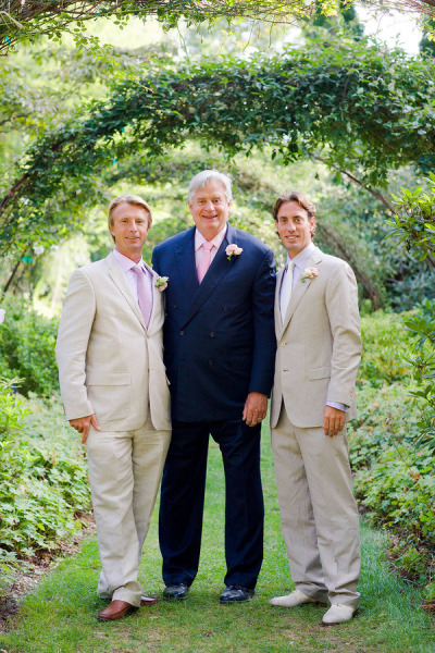 groom with father and brother