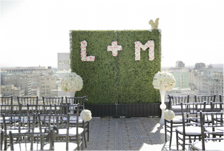 wedding hedges with intials