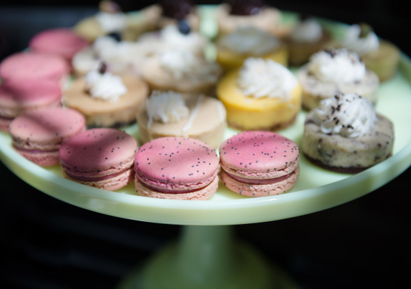 tray of macaroons and petits fours