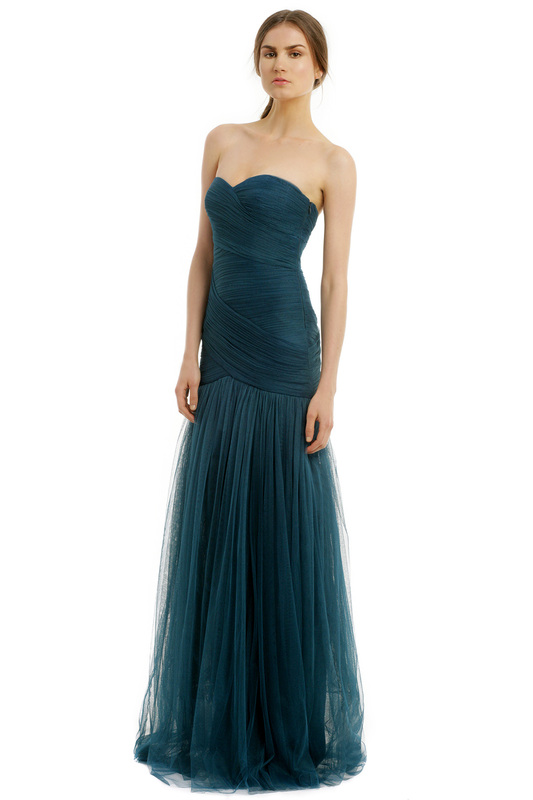 monique lhuillier formal gown