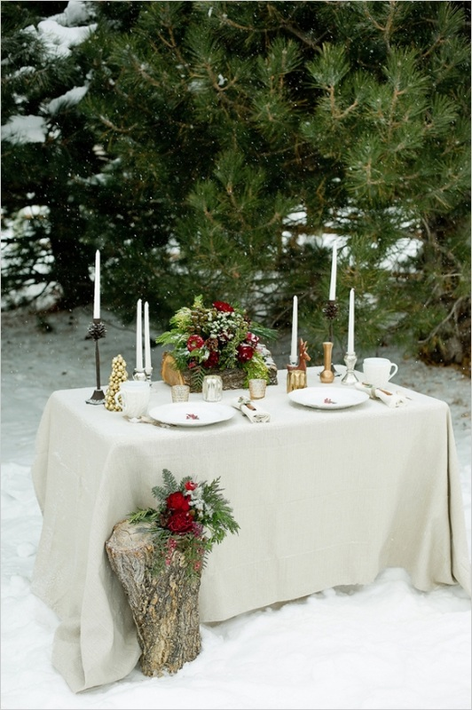 christmas styled wedding table in the snow