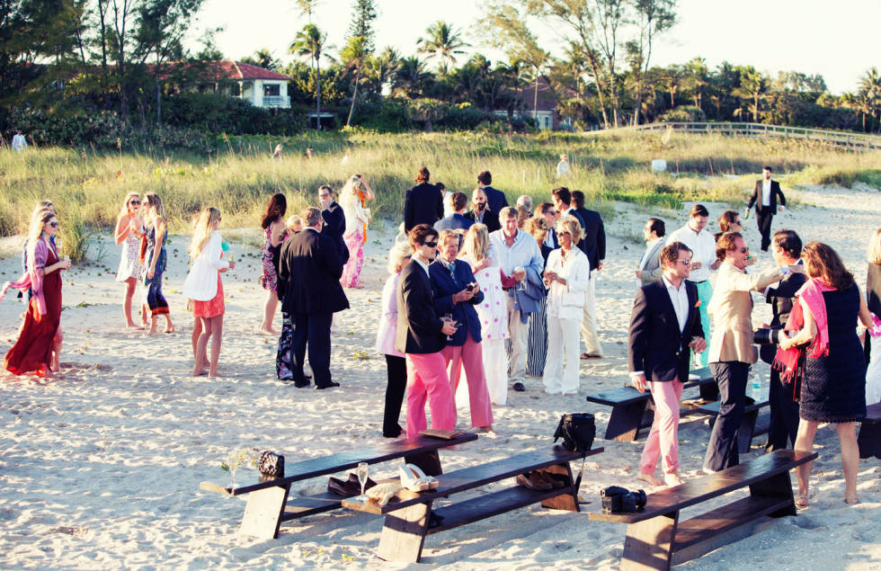 elegant summer wedding on the beach, guest arriving