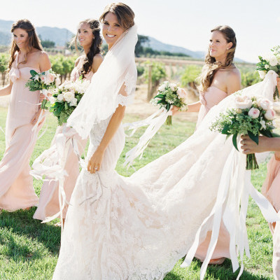 PEACH AND GREEN VINEYARD WEDDING