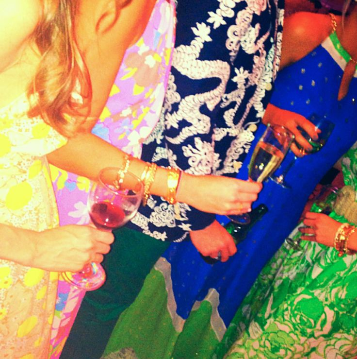 girls in Lilly Pulitzer dresses, wedding guests in Lilly Pulitzer attire