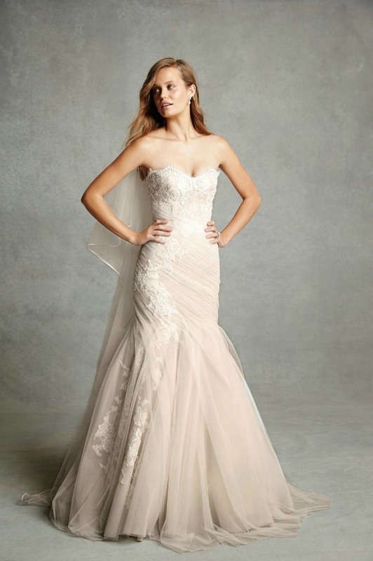 Monique Lhuillier strapless mermaid wedding dress with tulle and lace
