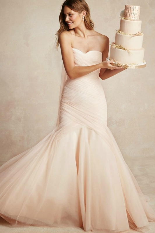 Monique Lhuillier strapless mermaid wedding dress with tulle