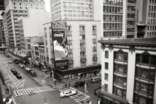 nyc black and white photo