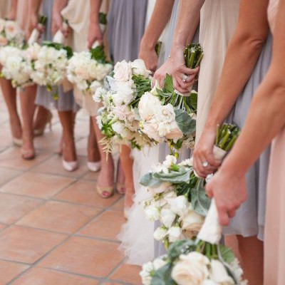 QUESTIONS TO ASK: SELECTING YOUR BRIDESMAID DRESSES