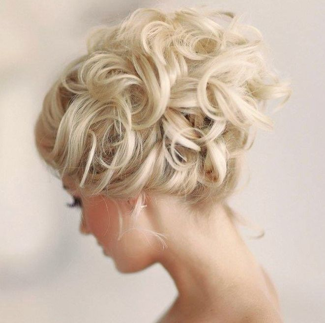 blonde hair up in curls, wedding hairstyle up-do, bridal up do  //  It Girl Weddings