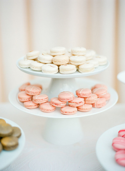 white a pink macaroons