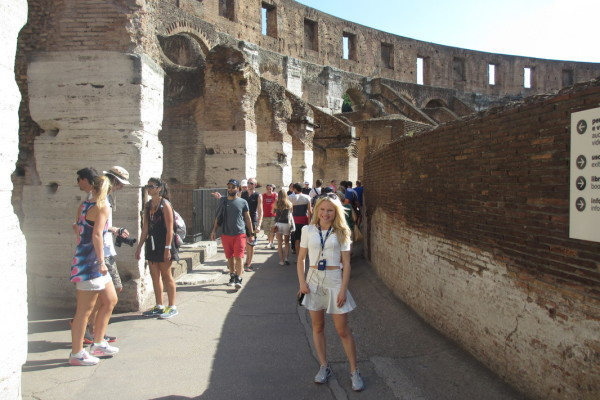 A TOUR THROUGH THE COLOSSEUM