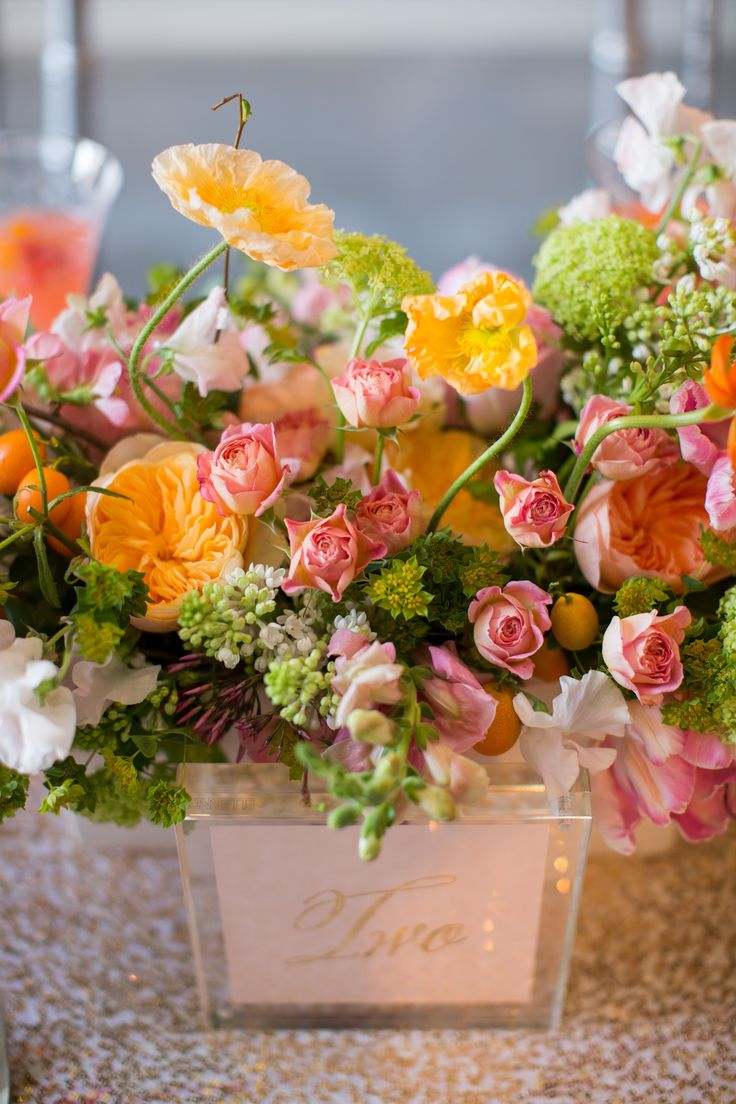 pink and green spring flower bouquets