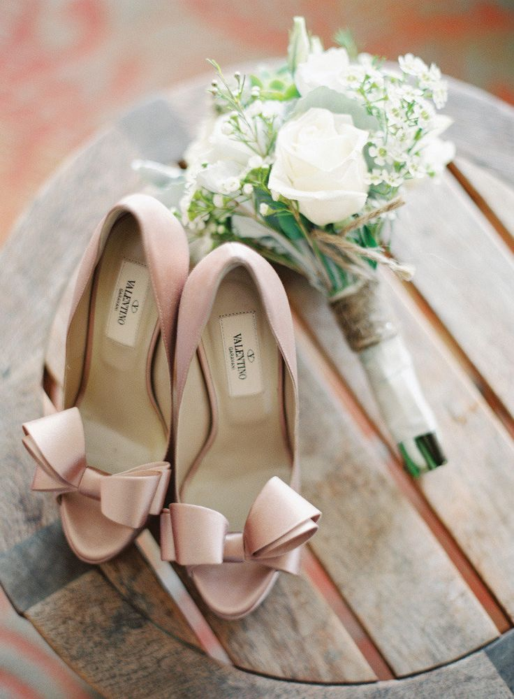 nude Valentino bow pumps, wedding shoes
