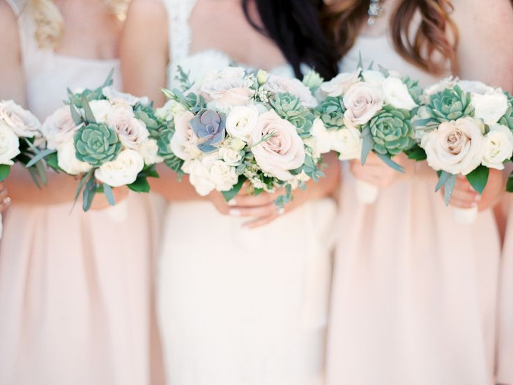 bridal bouquets with desert flowers