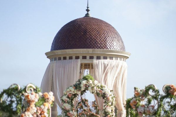 OPULENT WEDDING FLOWER INSPIRATION