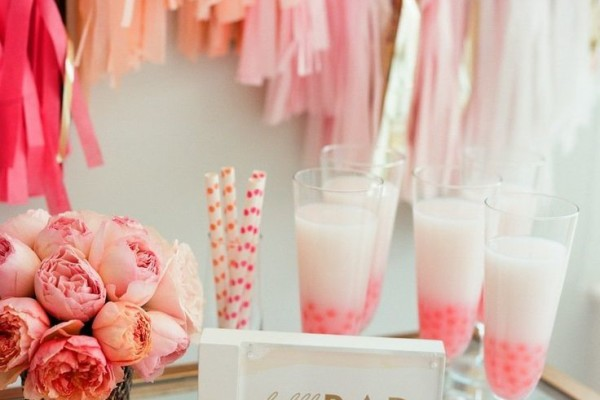 BRIDAL SHOWER HOSTING CHECKLIST