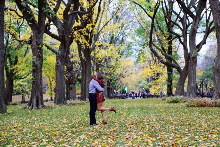 couple hugging in central park