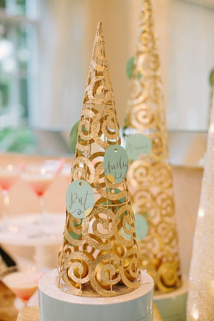 gold Christmas tree wedding place card holder