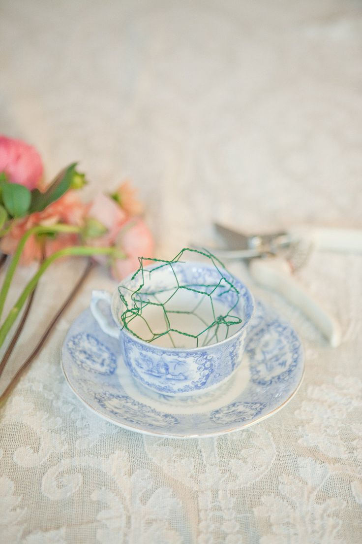 how to arrange flowers with tape or chicken wire