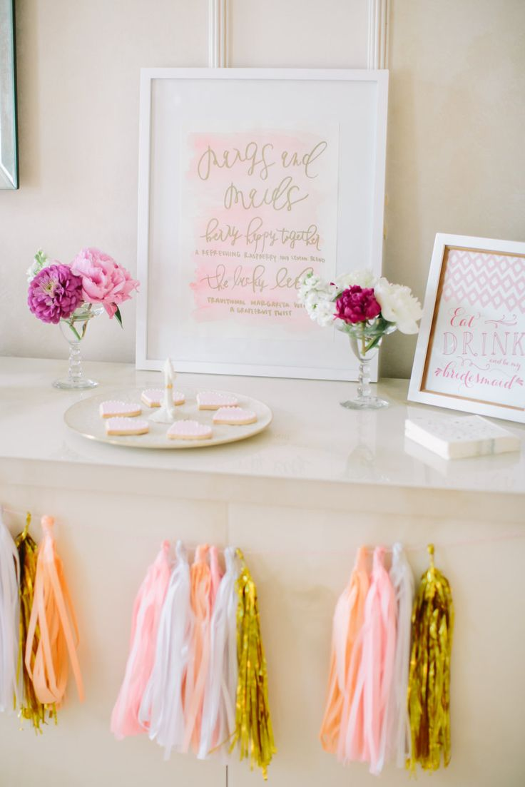 bridal shower signage, white, pink and gold sign