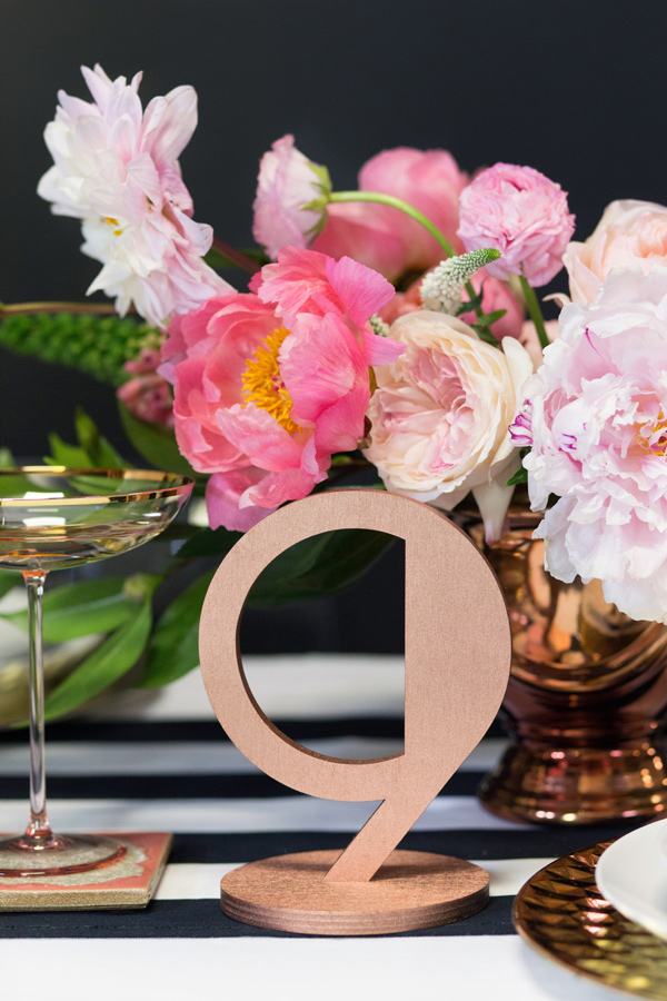 modern NYE party tablescape
