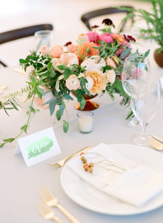 modern green shiny placecards