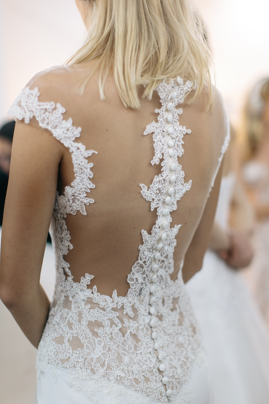 backless reem acra wedding dress