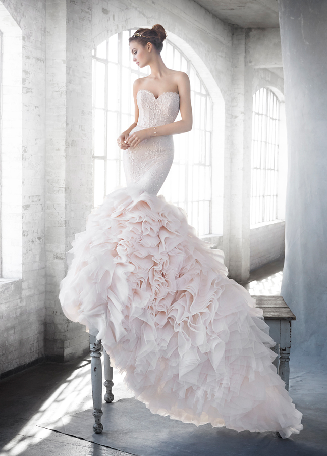 lazaro-bridal-fit-flare-gown-strapless-sweetheart-beaded-lace-elongated-natural-ruffle-skirt-chapel-train-3612_zm