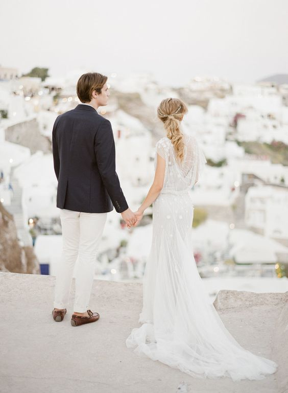 styled-wedding-shoot-in-santorini http://itgirlweddings.com/santorini-honeymoon-inspiration/