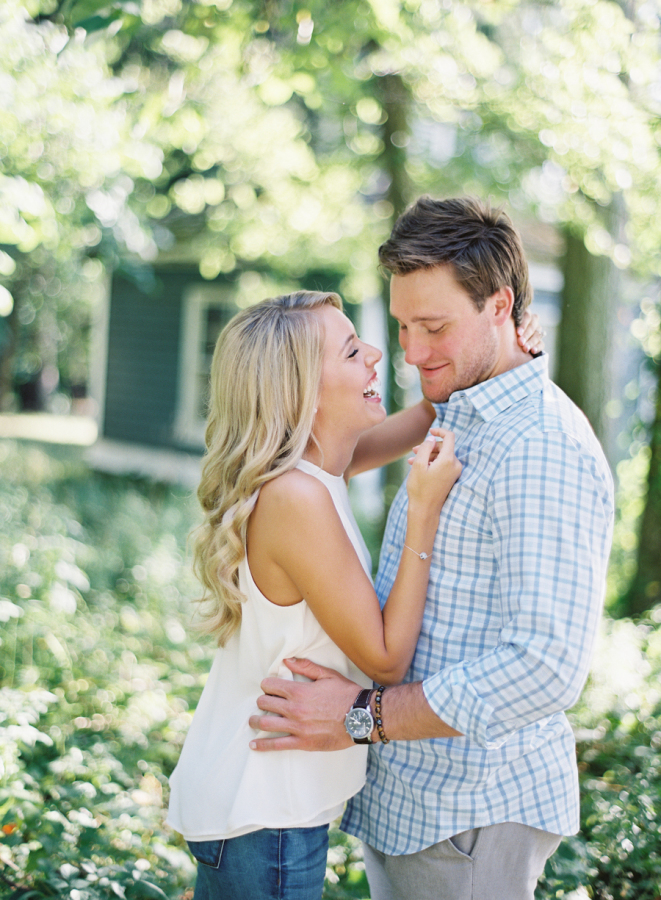 casual-candid-engagement-shot http://itgirlweddings.com/plantation-engagement-session/