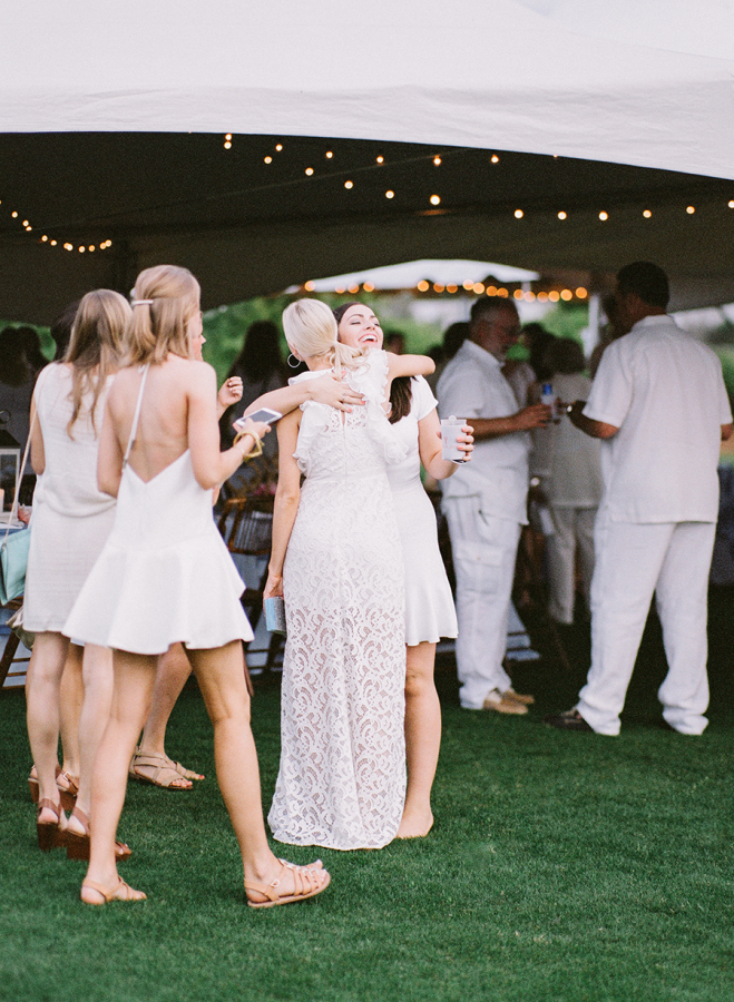 all-white-rehearsal-dinner http://itgirlweddings.com/white-party-rehearsal-dinner/