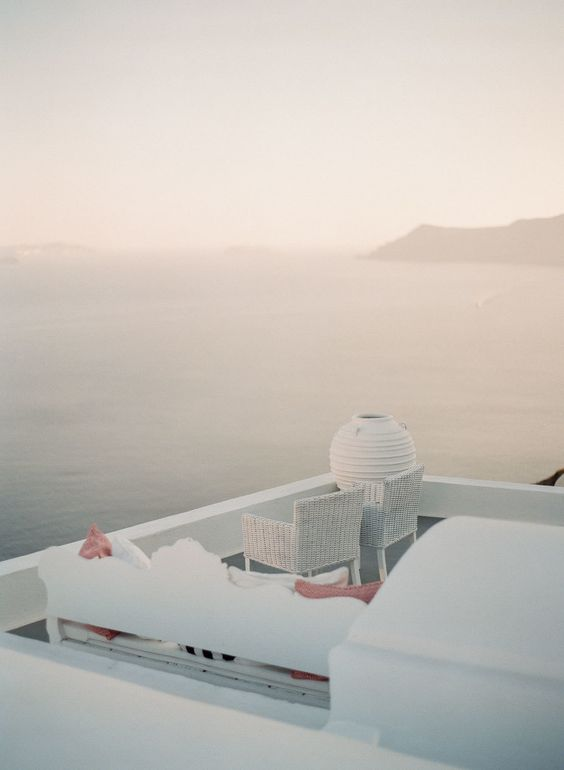honeymoon-goals http://itgirlweddings.com/santorini-honeymoon-inspiration/