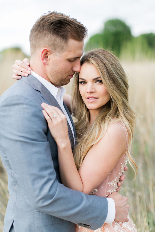 nikki-ferrel's-engagement-shoot http://itgirlweddings.com/nikki-ferrels-engagement-session/