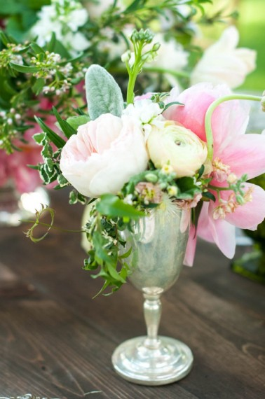 kentucky derby silver cup flowers httpitgirlweddingscom
