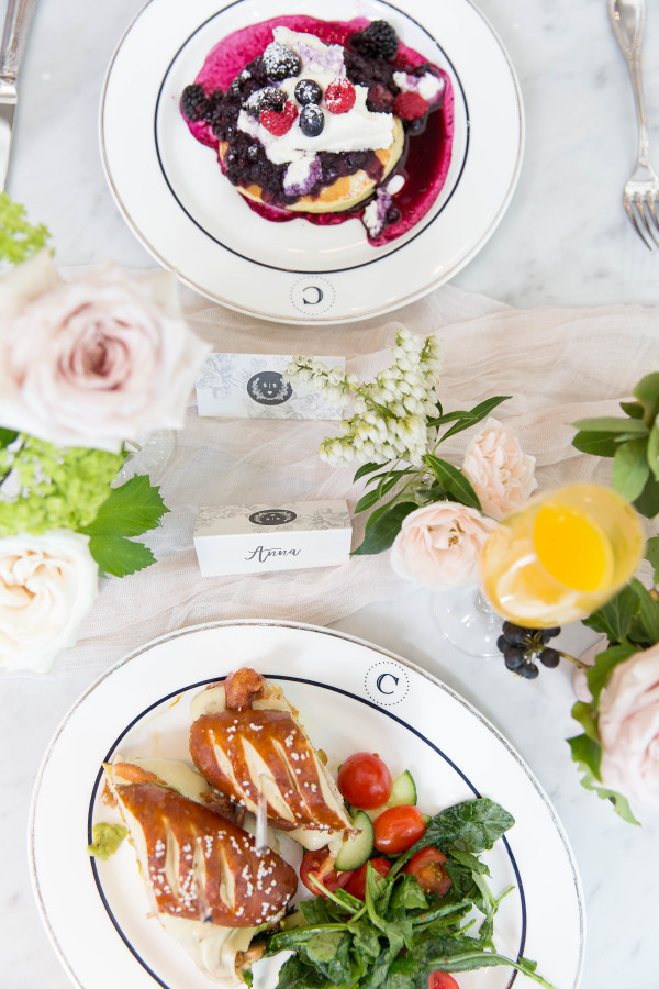bridal-brunch-food http://itgirlweddings.com/tips-for-creating-a-photo-worthy-bridal-shower/