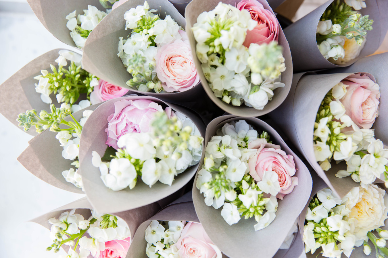 pink-white-bridal-shower-flowers http://itgirlweddings.com/tips-for-creating-a-photo-worthy-bridal-shower/