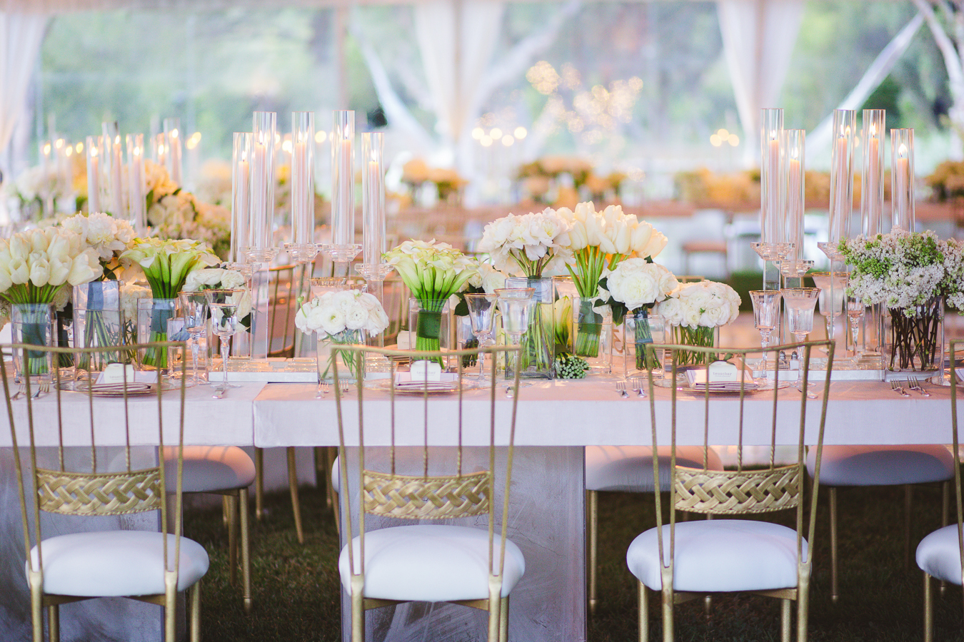 white-gold-wedding-table