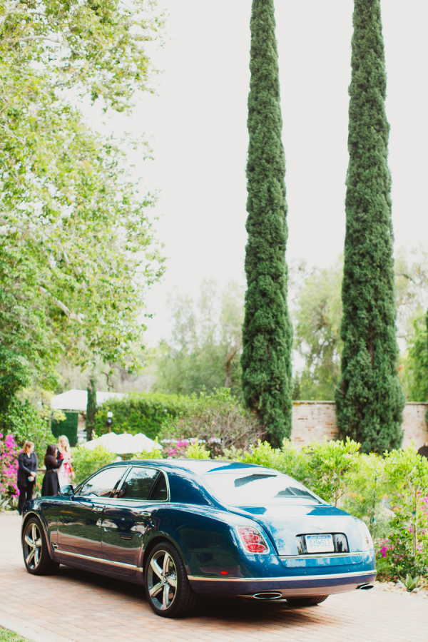 Rolls-Royce-at-a-wedding