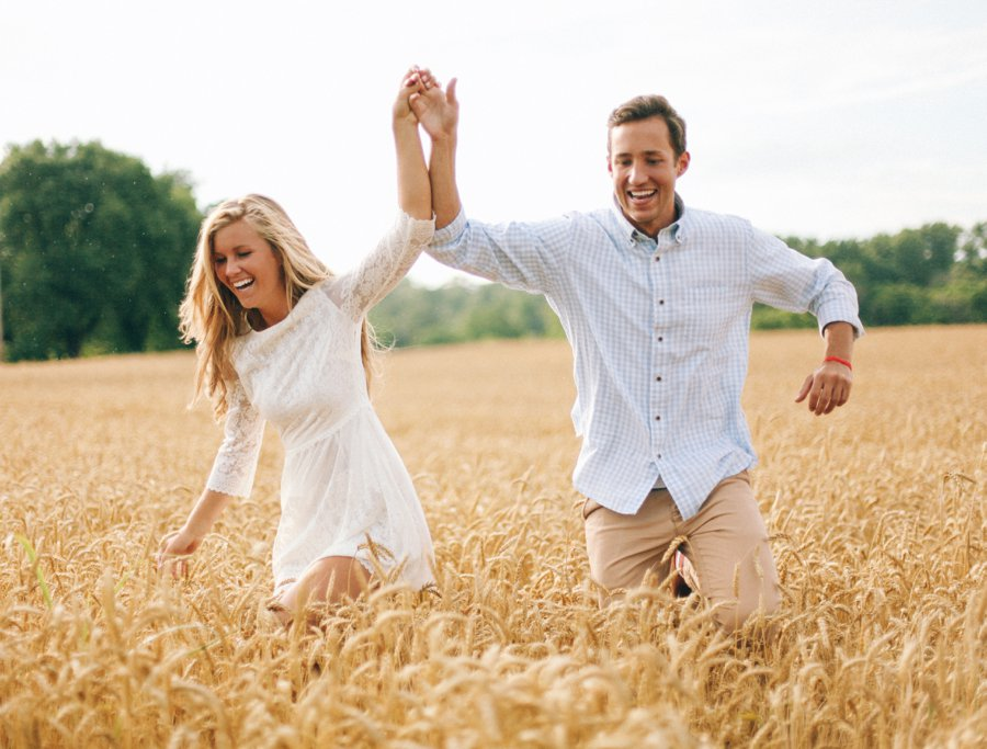 couple-laughing-during-engagement-shoot http://itgirlweddings.com/how-one-couple-nailed-their-engagement-session/