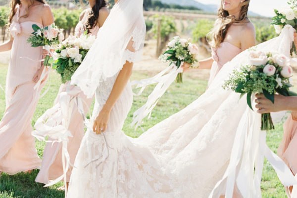 9 QUICK TIPS TO KEEP YOU FLAWLESS ON YOUR WEDDING DAY