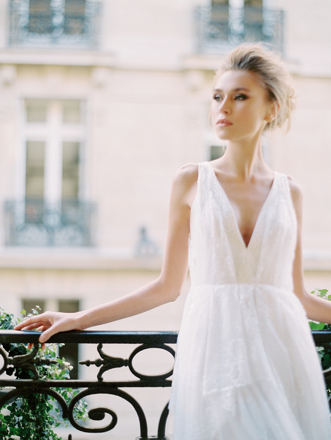 bride-in-Saint-Isabel-Bridal http://itgirlweddings.com/parisian-wedding-inspiration/