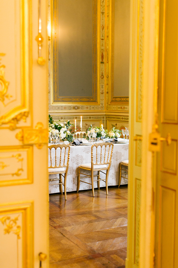 wedding-at-paris-venue http://itgirlweddings.com/parisian-wedding-inspiration/