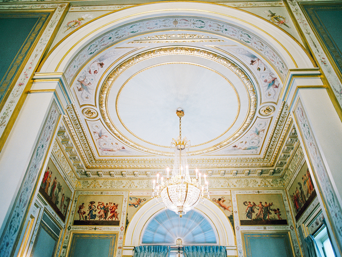 interior-design-at-Musee-Rodin http://itgirlweddings.com/parisian-wedding-inspiration/