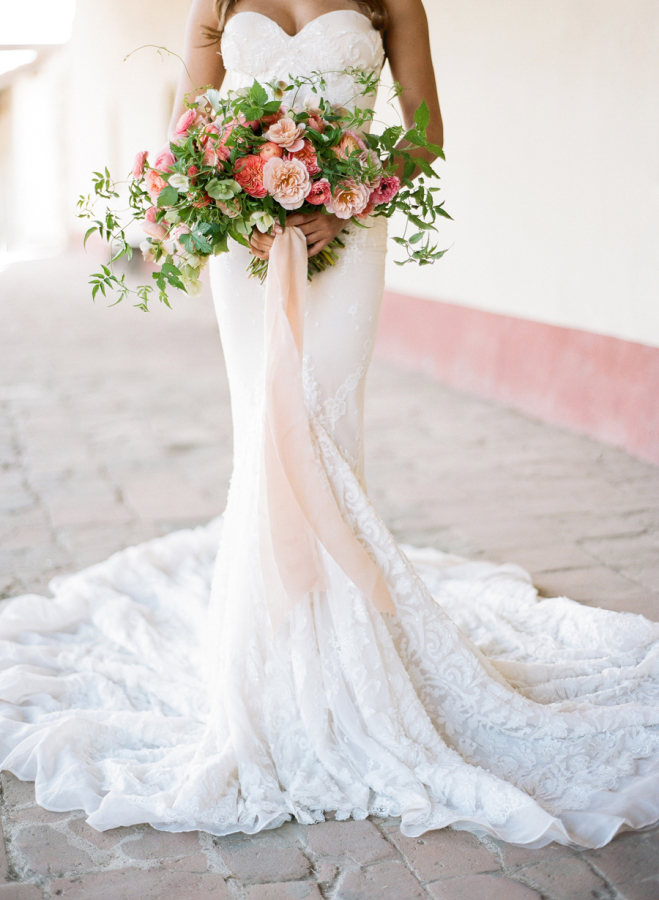 embellished-wedding-dress-with-floral-bouquet http://itgirlweddings.com/elopement-inspiration/
