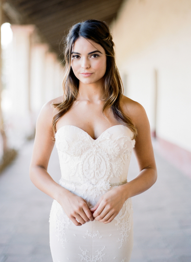 bride-in-sweetheart-wedding-dress  http://itgirlweddings.com/elopement-inspiration/