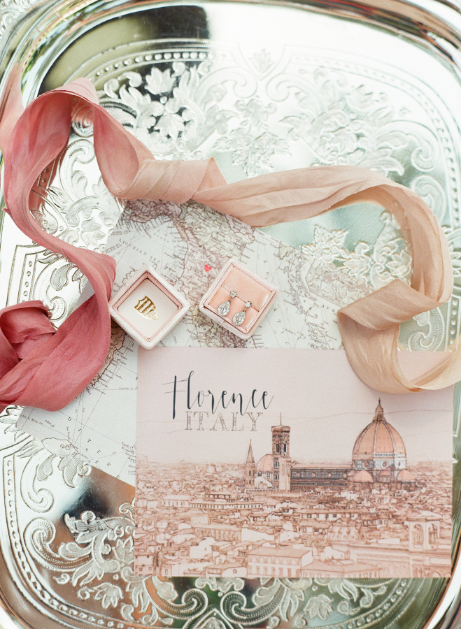 Italian-wedding-invitations http://itgirlweddings.com/everything-need-know-plan-wedding-abroad/