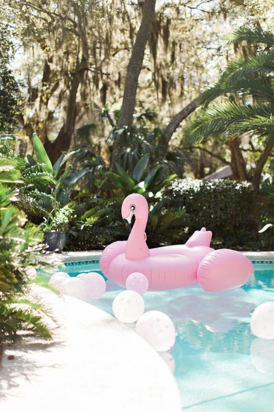 bachelorette-party-weekend-with-pool-floats http://itgirlweddings.com/bachelorette-party-alternatives/