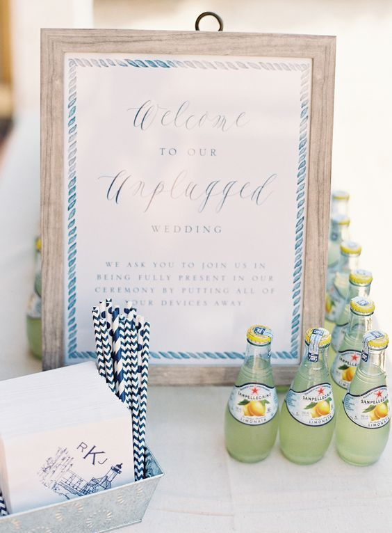 unplugged-wedding-sign http://itgirlweddings.com/pinterest-reveals-biggest-trends-weddings-year/