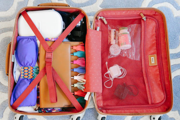 GUIDE TO PACKING YOUR HONEYMOON CARRY ON